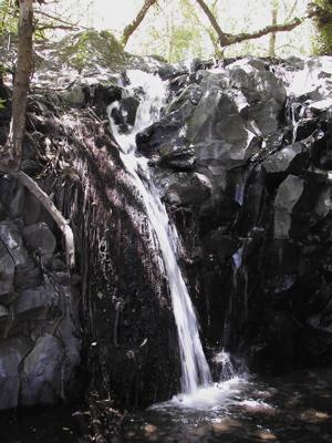 Wasserfall im Tal der Cernicalos