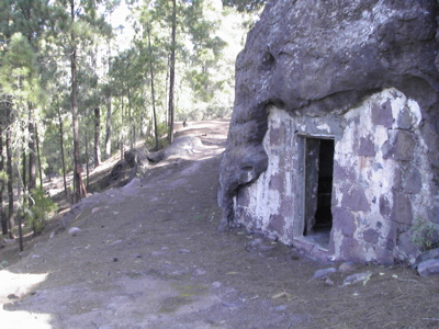 Cueva del Zapatero an der wir vorbeikommen