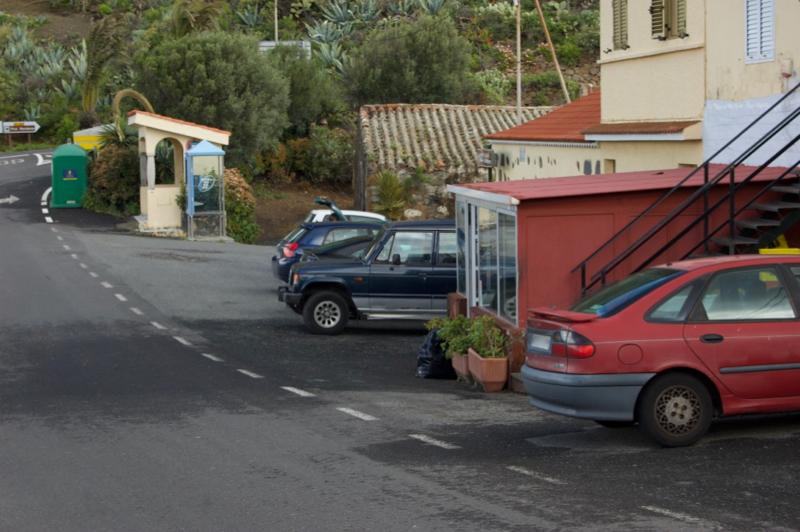 Bushaltestelle am Startpunkt der Bandama Wanderung